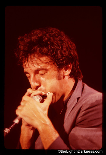 Bruce_harmonica_.jpg