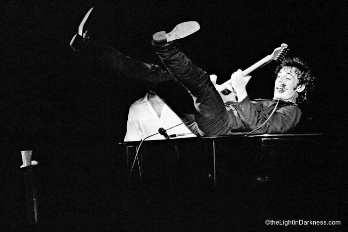Bruce_piano_.jpg